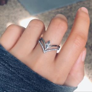 DA109 Stainless Steel Chevron Marquise CZ Ring